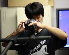 画像計測をしている学生