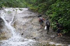 8月27日 カムイワッカの滝を登る