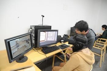 VR(バーチャルリアリティ)を使った学び紹介のコーナー