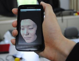 人間の肌を3DCG再現するスマートフォンアプリ