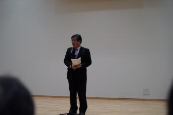 冒頭での挨拶をする小泉俊博 小諸市長