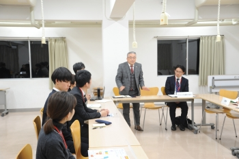 中村学長も参加し意見交換が行われました