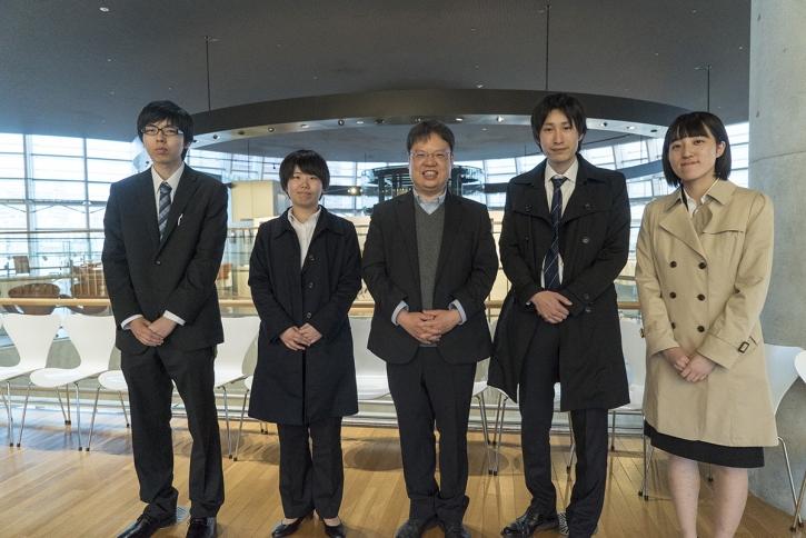 高寺さん、福井さん、田中教授、望月准教授、古田さん